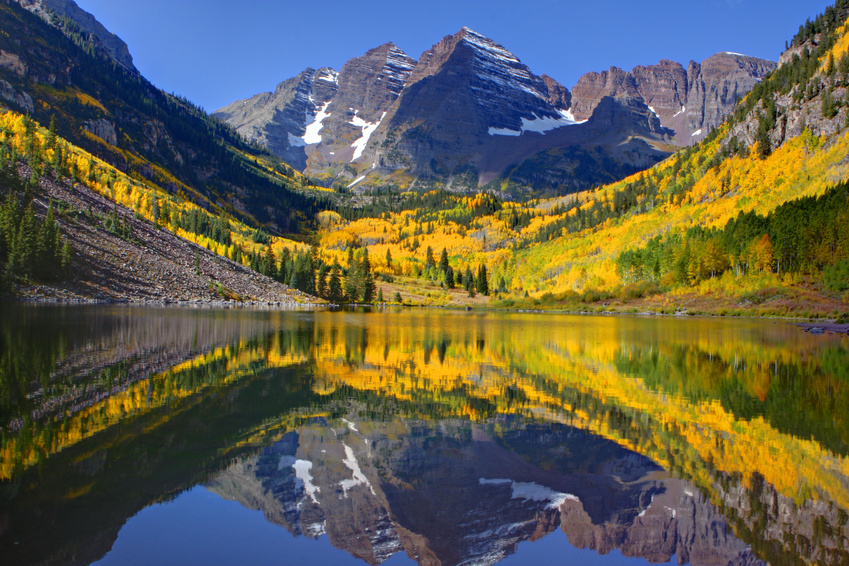 Maroon Bells in Aspen, CO in the fall