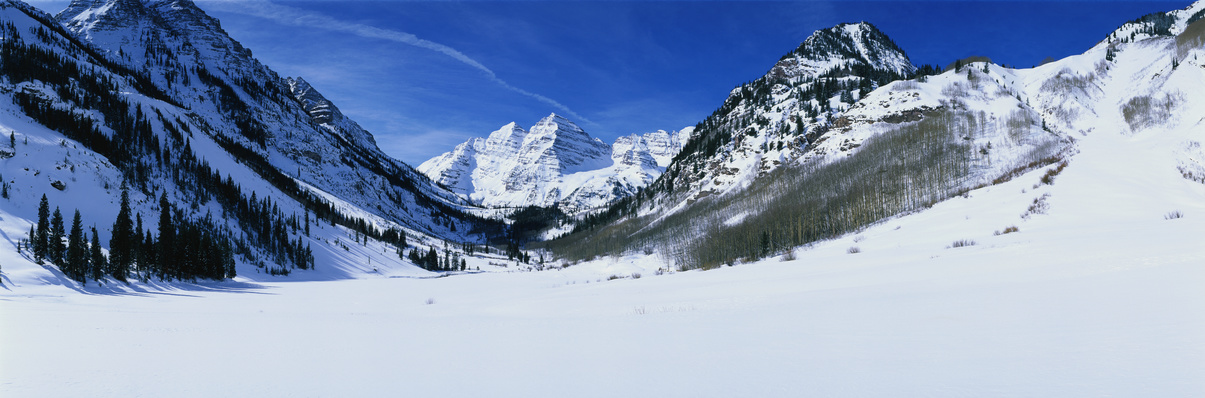 Maroon Bells in the winter