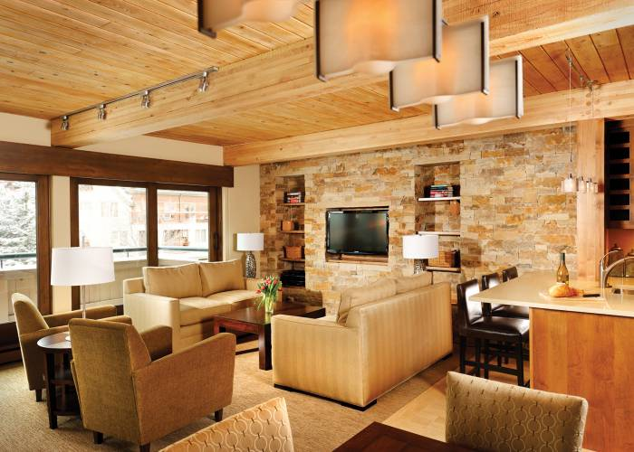 Aspen Square Hotel Three Bedroom/Three Bath Top Floor: Living Area