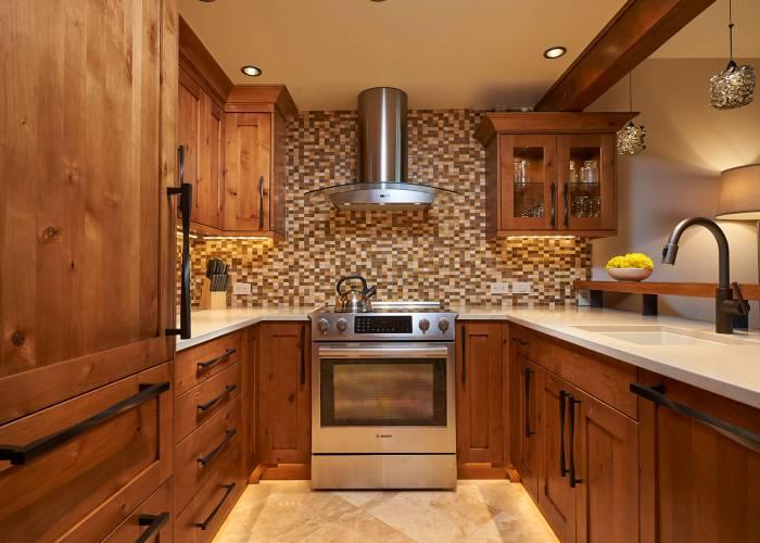 Aspen Square Hotel Fireplace Studio: Kitchen